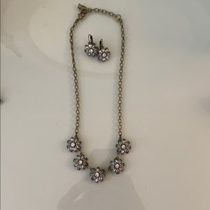 Chloe and Isabel necklace and earring set